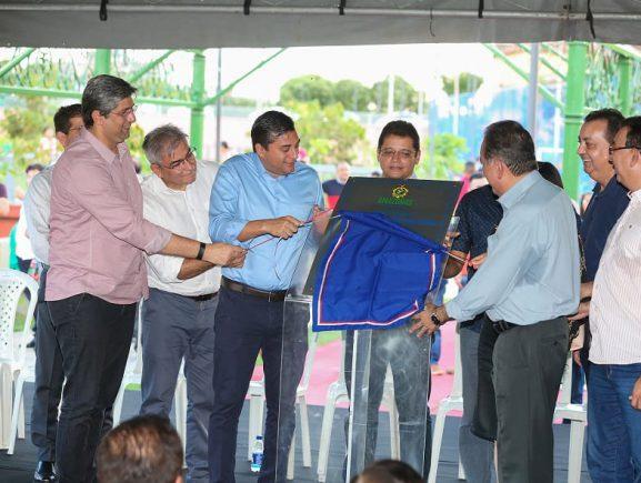 Governador Wilson Lima entrega Praça Elza Simões de Oliveira, no Centro de Manaus