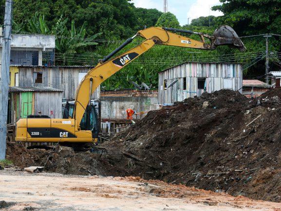 Governo do Amazonas inicia obras de intervenção no Igarapé do 40