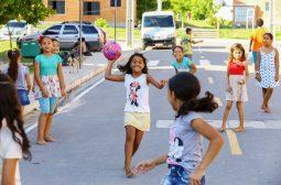 Prosamim realiza colônia de férias no Parque Residencial Mestre Chico II, na Praça 14
