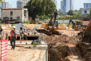 Governo avança com obras do Prosamin+ em trecho da avenida Tefé